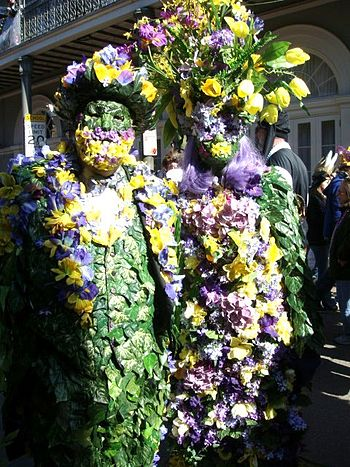 New Orleans Mardi Gras: Street costumers in th...