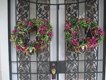 Adding just a few simple things it now a Mardi Gras wreath.